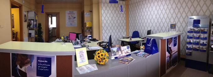 Benvenuto nell'agenzia di Lucca A